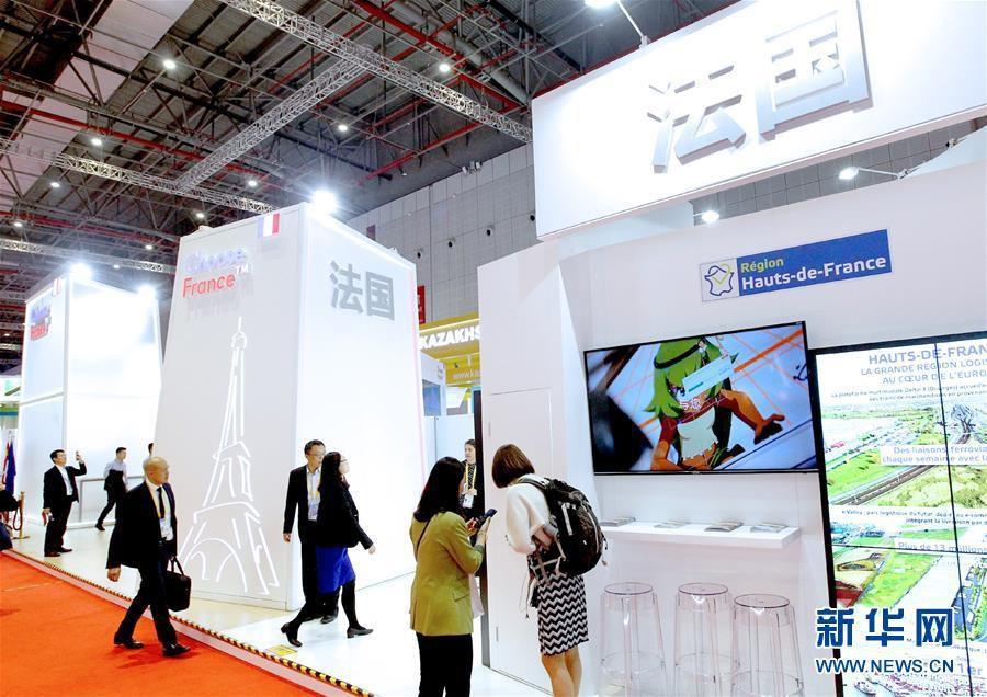 (新华全媒头条·图文互动)(1)共襄盛举 共享未来——与会人士热议习近平主席在第二届中国国际进口博览会上的主旨演讲