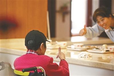 """中国阿尔茨海默症创新药""""九期一""""临床试验太短? 牵头人回应"""
