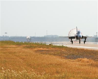 空军某旅旅长杨在坤 飞上更高的平台,遇见更好的自己