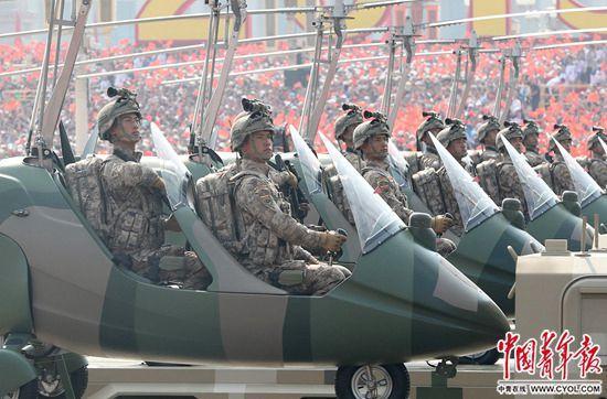 揭秘中国军队新一代迷彩服:更加贴近实战(图)