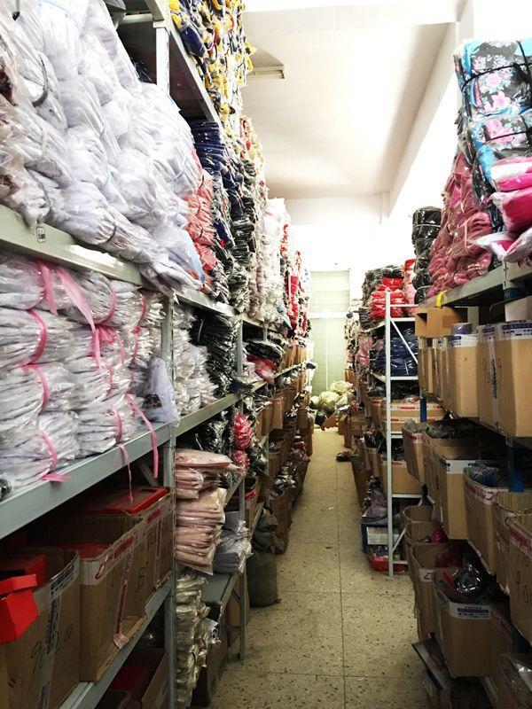 灌云县一家情趣内衣工厂的仓库。 摄影/马纪朝