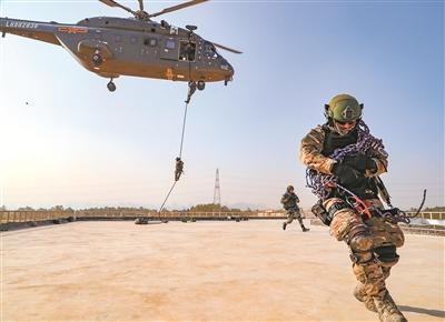 东盟防长扩大会反恐专家组联合实兵演习:砺兵需要大视野