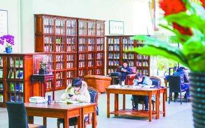 首都图书馆第一家大学分馆落户 零门槛向公众开放