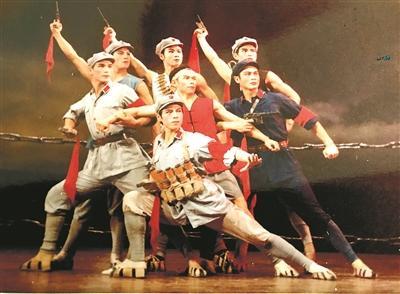 从战士的气质和情感出发——访舞蹈艺术家仇非