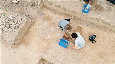 兵马俑战袍在哪里制作 秦咸阳宫附近发现石铠甲制作遗存