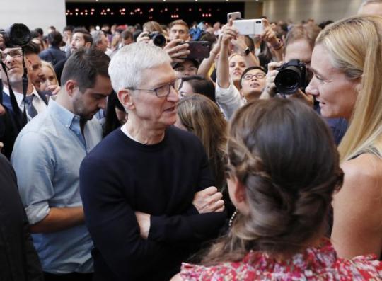 库克不接受苹果外包钟爱中国大陆批评 我们只挑最好的