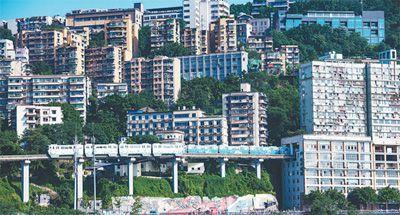 今年有200多个影视剧组在重庆拍摄 摄影机为啥爱山城?