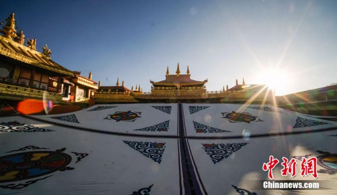 """带你去看看西藏的""""仙女节"""",有酒也有故事……"""