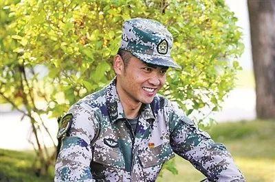 女大学生艳照门,yingbibizonghewang
