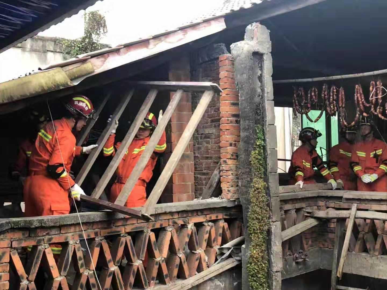 四川資中5.2級地震 救援支隊已到震中各村排查 作者: 來源:新京報