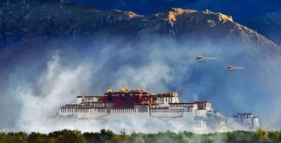 """从牧羊女到""""飞天仙女"""":贫困户中走出了首位藏族女飞行员"""