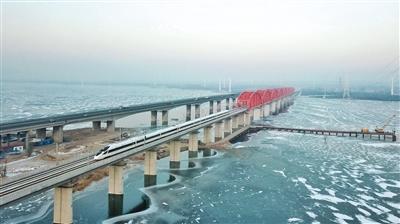 京张高铁明开通 全程最快56分钟