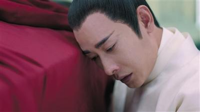 号啕大哭、默默垂泪……罗晋演《鹤唳华亭》哭足200天