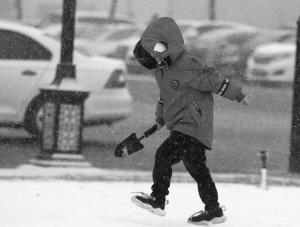 """河北2020年第一场雪下得很""""奔放"""" 大人孩子乐翻天"""
