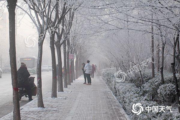 河北局地再迎降雪 今明两天中南部霾持续