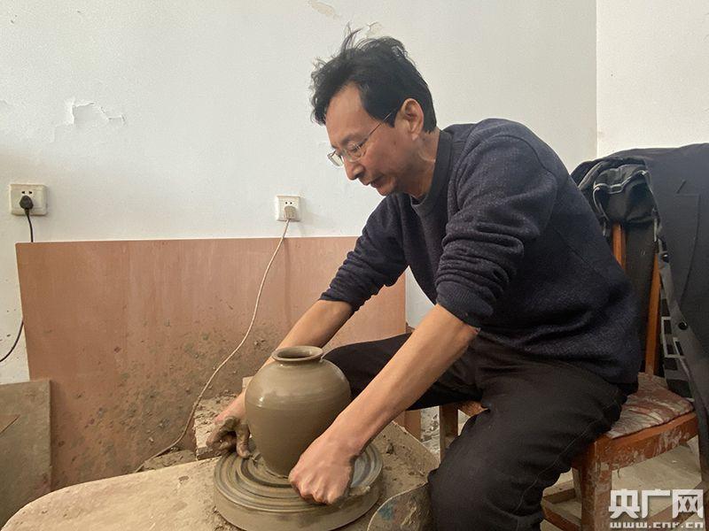 天津市宁河区板桥镇盆罐村:陶冶