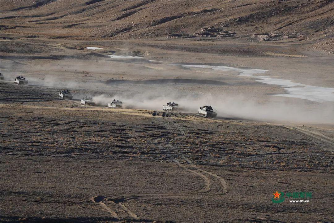 记者目击海拔4700米高寒缺氧极限条件下实战实训