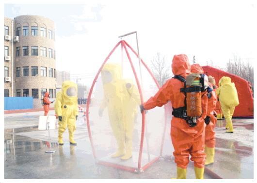 记奋战在新冠肺炎疫情防控一线的消防指战员