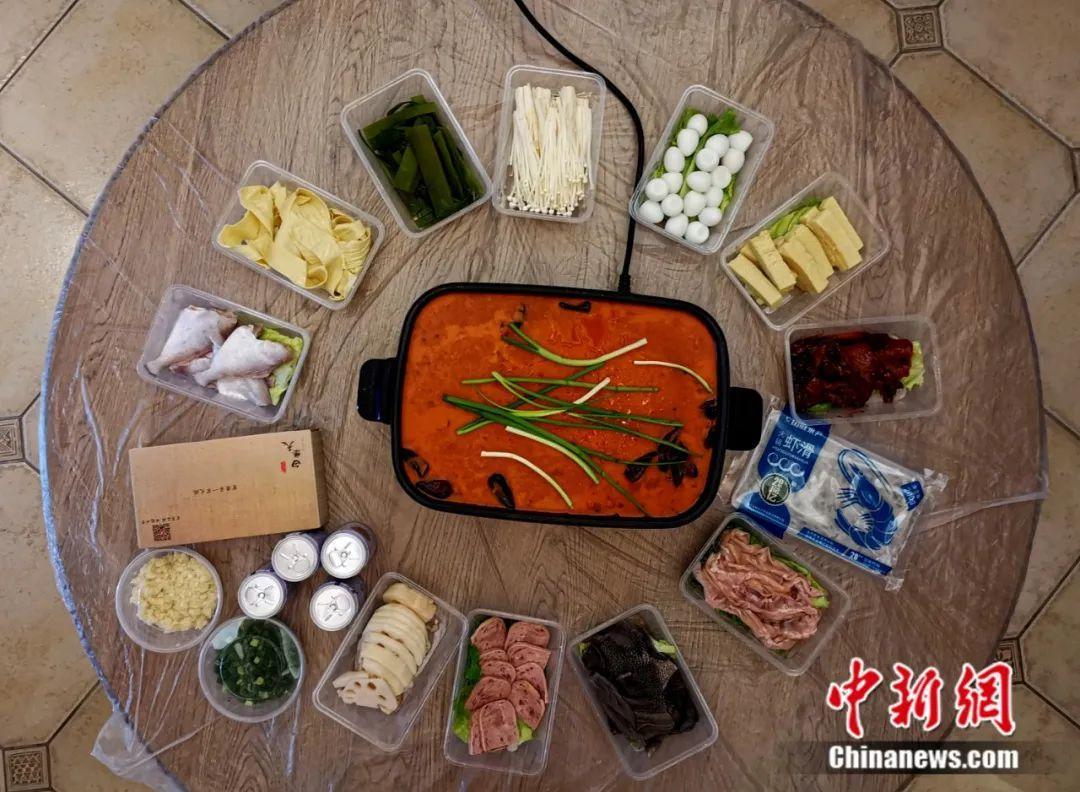重庆人有多爱烫火锅?疫情当前吃货快扛不住了