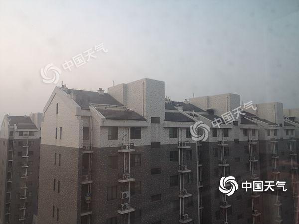 """北京阴晴""""任性""""转换 明日雨雪""""叨扰""""气温降"""