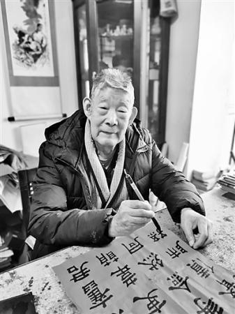 """徐光耀:""""慈父""""年近百岁,""""嘎子""""永远少年"""