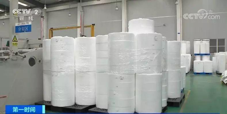 每吨2万元涨到30万元 口罩厂暴增原质料却涨价紧缺