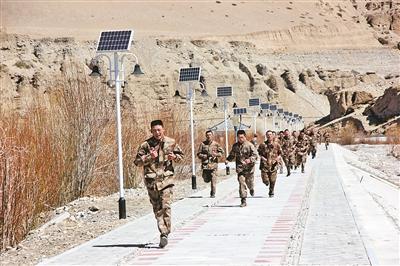 3000米跑为解放军官兵必考课目 如何练好?