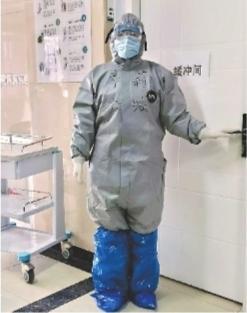 一线奋战后又筹备缓冲病房 护士长坚守68天筑安全屏障