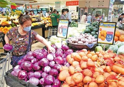 """北京丰台""""点对点""""监测补货保供应 超市货源充足"""