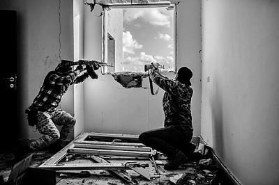 """利比亚会不会成为""""另一个叙利亚"""""""