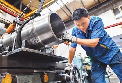 进出口双增长!中国外贸迎难而上展现强大韧性