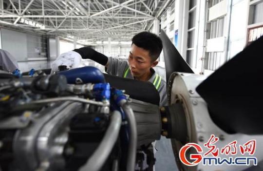 【幸福花开新边疆】内蒙古扎兰屯:大力培育新产业、新动能、新增长极