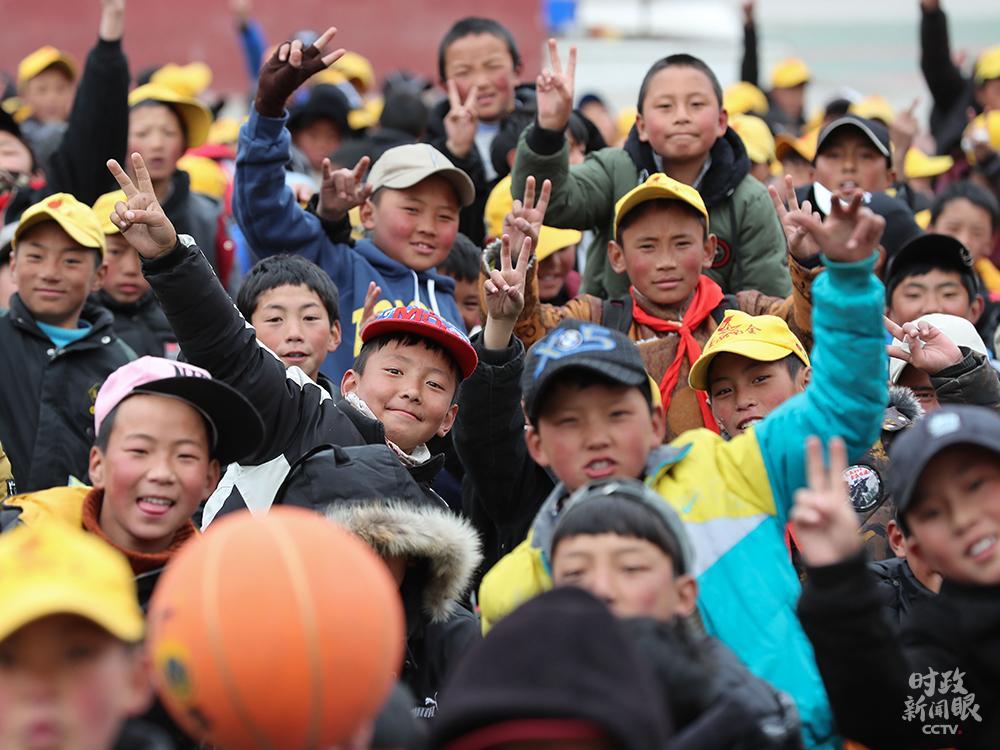 在这个座谈会上,习近平全面阐释新时代党的治藏方略