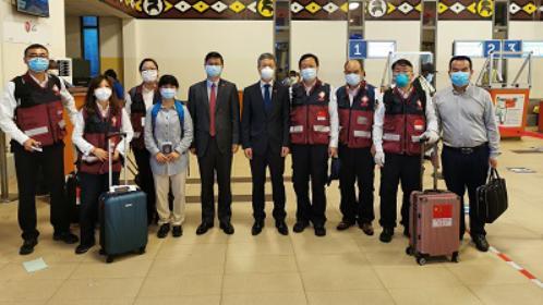 中国抗疫医疗专家组完成在非洲各项工作 即将返回祖国