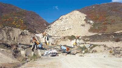 """矿区生态修复之路:""""塞上江南""""的旧伤与新生"""