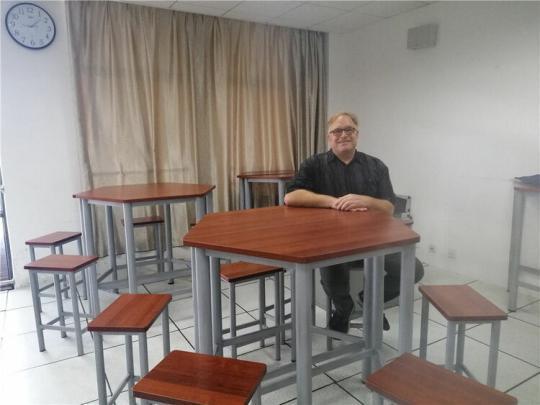 拉菲娱乐q-69222237:一个美国外教眼中的中国学生衣食住