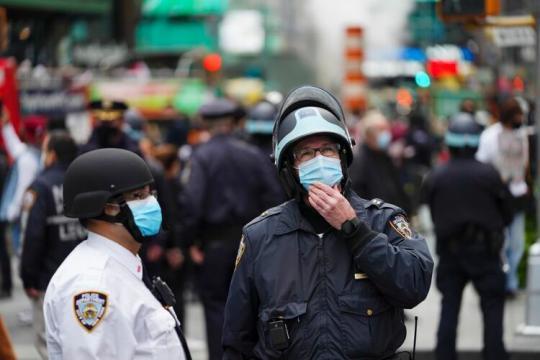 记者手记|疫情严峻形势下的美国经济脆弱图景