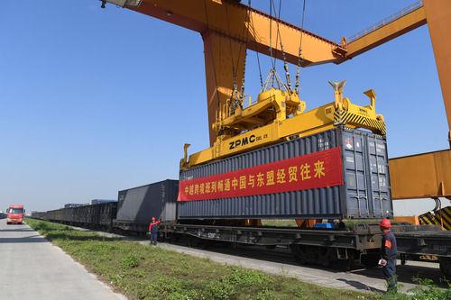 疫情下中国和东盟数字经济合作逆势壮大图片