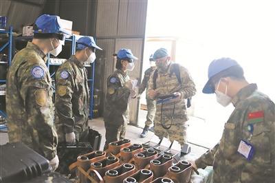 中国第19批赴黎维和部队接受首次装备核查