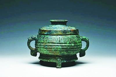 """山西垣曲北白鹅墓地发掘出青铜重器""""夺""""簋"""