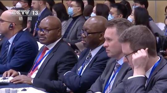 """""""'十四五'时期的中国与世界""""大使圆桌会议召开插图"""