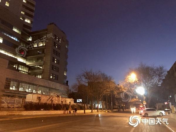 北京今日延续晴朗干燥 28日起强冷空气或来袭