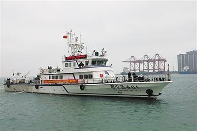 """南方电网首艘自主建造的海底电缆综合运维船""""南电监查01""""在海口交付使用"""
