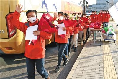 北京首先支持河北医疗队返回北京