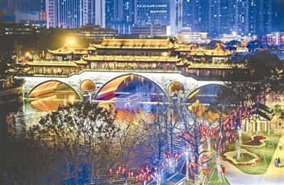 在锦江公园邂逅一个最成都的夜晚