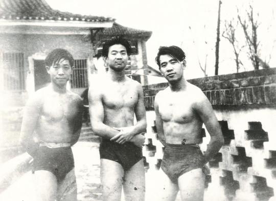 """一辈子都热爱运动——""""杂交水稻之父""""袁隆平深切的体育情缘"""
