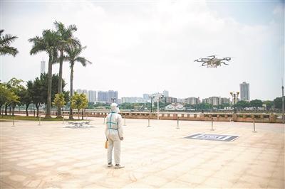 """无人机递药 机器人送餐  """"硬核""""科技助力广州抗疫"""
