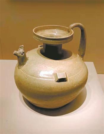 """正在广州热展的它们是现代茶壶的""""源头"""""""