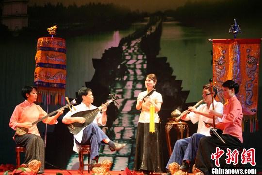 晋江传统艺术走进北大专家称草根艺术薪火有传承