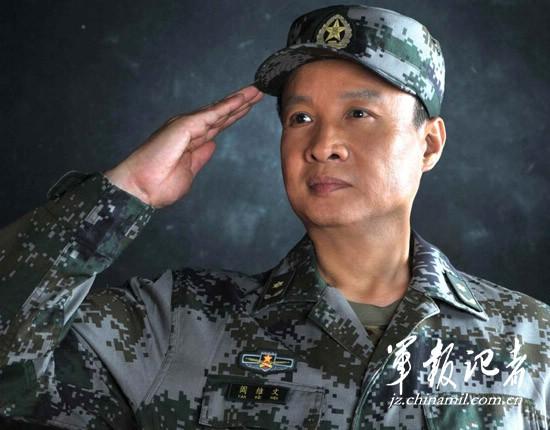 阳光路上的阎维文:最想做的是回报官兵(组图)(3)